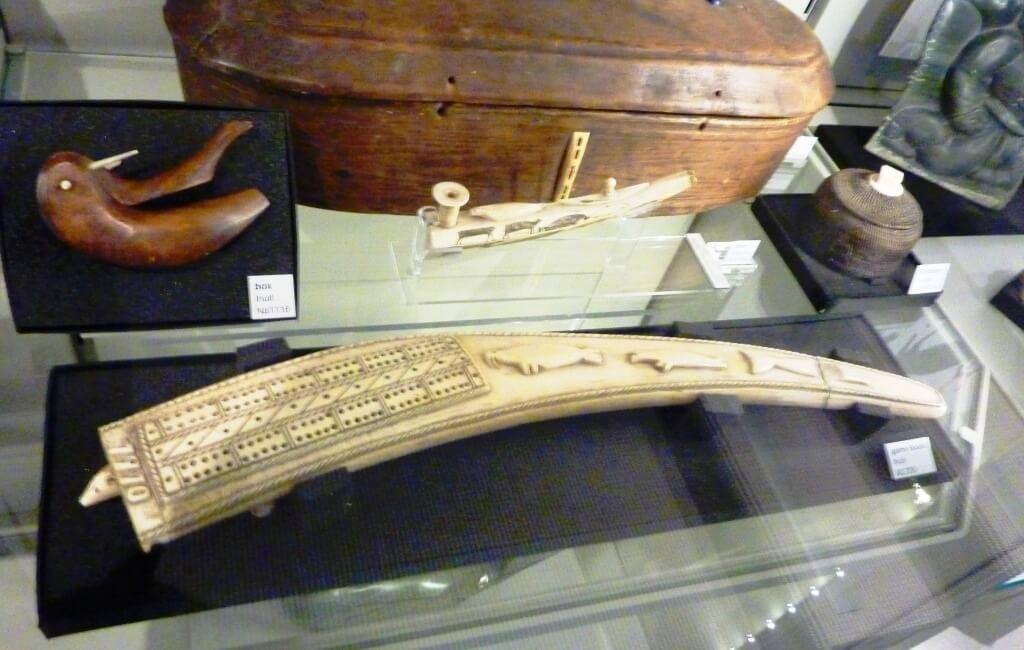 sailor's cribbage board scrimshaw